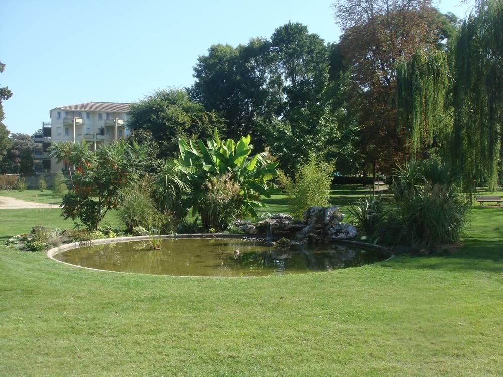 Parcs et bois parcs et espaces verts mairie du bouscat for L cuisine le bouscat